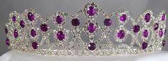 Akeira's crown