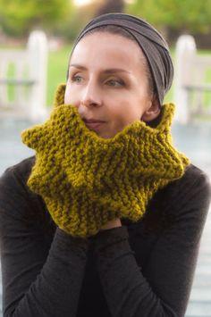 Cactus Cowl Hand-Knit 3D stekelige textuur door EveldasNeverland