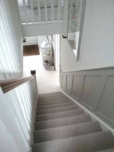 hallway mudroom Modern Neutral Carpet Design And Decor Ideas For Stairways Entrance Hall Decor, House Entrance, Basement Stairs, House Stairs, Edwardian Haus, Stair Paneling, Paneling Walls, Modern Wall Paneling, Paneling Ideas