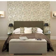 Bedroom design ideas - 5 steps to hotel style Small Master Bedroom, Gray Bedroom, Bedroom Yellow, Stylish Bedroom, Bedroom Bed, Master Bedrooms, Bedroom Photos, Modern Bedroom Design, Bedroom Designs