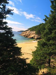 Sand Beach Acadia Park I must go back there again. Acadia National Park, National Parks, Beautiful World, Beautiful Places, Acadia Maine, Places To Travel, Places To Visit, Maine Beaches, Mount Desert Island
