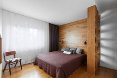 Modern style interior design of solid wood bedroom pictures 2015 Contemporary Apartment, Contemporary Interior, Modern Interior Design, Interior Architecture, Wood Bedroom, Master Bedroom, Bedroom Bed, Bed Without Headboard, Zeitgenössisches Apartment