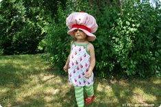 Sew Can Do: Vintage Inspired Crafts: Lil Strawberry Shortcake Hat Tutorial Strawberry Shortcake Halloween Costume, Hat Tutorial, Old School, Vintage Inspired, Halloween Costumes, Hipster, Sewing, Hats, Costume Ideas