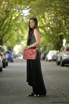 PAULA DEIROS SECRETS: Black skirt & Red #kissmylook