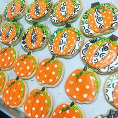 The best pumpkin tray of ALL TIME!!  #atxbakery #decoratedcookies #fallcookies