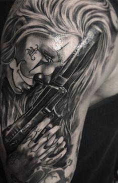 75 Fotos de tatuagens masculinas no braço - TopTatuagens Boss Tattoo, Chicanas Tattoo, Ems Tattoos, Gangster Tattoos, Bicep Tattoo, Arm Tattoos For Guys, Love Tattoos, Body Art Tattoos, Girl Tattoos