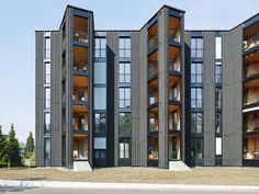 Image 4 of 20 from gallery of Hagmannareal Housing Development / ARGE HAGMANNAREAL + weberbrunner architekten ag + Soppelsa Architekten. Photograph by Georg Aerni Winterthur, High Rise Building, Commercial Architecture, Amazing Architecture, Exterior Design, Condo, Multi Story Building, Construction, Real Estate
