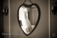 © Favorite Photography   Wedding Dress / Wedding Photography / Wedding Detail Shot
