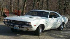 Dodge Challenger 1970: In Vanishing Point White