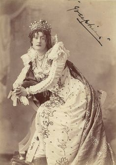 Ada Ferrar as Josephine in A royal divorce, 1899 / Talma, 119 Swanston St., Melbourne.