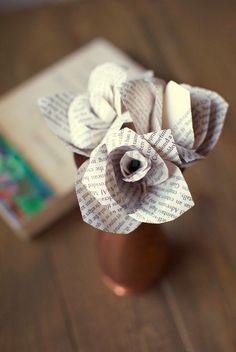 DIY Paper Flowers • Tutorials for easy and elegant paper flower projects, like these book page paper flowers from 'Tiny Painter'!