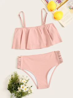 Girls Flounce Top With Ladder Cut-out Panty Bikini Set Bathing Suits For Teens, Summer Bathing Suits, Cute Bathing Suits, Swimsuits For Tweens, Cute Swimsuits, Cute Bikinis, Kids Swimwear, Girls Fashion Clothes, Teen Fashion Outfits