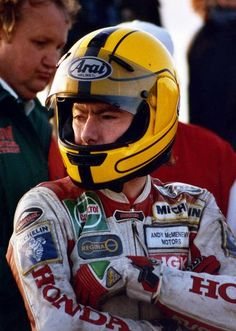 Joey Dunlop Motorcycle Racers, Racing Motorcycles, Grand Prix, X Fighter, Riders On The Storm, Motorcycle Leather, Moto Guzzi, Super Bikes, Street Bikes