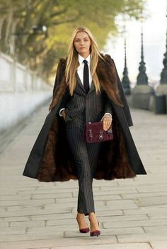 """ralphlauren: """" The not-so-traditional suit combines refined English wool and cashmere. Shop the Ralph Lauren Black Label collection: here. Trajes Business Casual, Business Outfits, Business Fashion, Business Women, Business Style, Suit Fashion, Work Fashion, Fashion Outfits, Womens Fashion"""