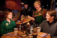 Viikinkiravintola Harald http://www.ravintolaharald.fi/ Haraldin viikinkimiljöössä seilaat kesteihin keskelle viikinkiaikaa, jossa ruoka ja juoma ovat kohokohta.Haraldin herkulliset maut koostuvat pohjoisen metsän,veden,ilman ja maan antimista.
