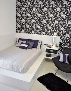 Cama encostada na parede – veja quartos de casal e solteiro com essa proposta! - Decor Salteado - Blog de Decoração e Arquitetura