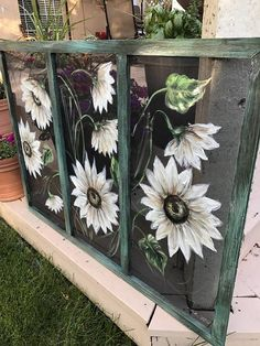 pane ideas sunflower Painted window screen, White sunflower , outdoor porch decor hand painted on window screen Old Windows Painted, Painted Window Screens, Window Pane Art, Old Window Screens, Painting On Glass Windows, Painted Window Art, Window Screen Crafts, Hand Painted, Painting On Screens
