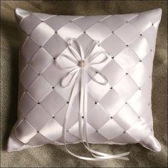 Wedding Ring Cushion, Cushion Ring, Wedding Pillows, Bow Pillows, Ring Pillows, Pillow Crafts, Cushion Cover Designs, Ring Bearer Pillows, Wedding Accessories