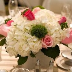 hydrangea centerpiece ideas for weddings | hydrangea centerpieces, wedding table centerpiece, floral arrangement