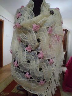 crochet - hairpin lace shawl - light and lovely Hairpin Lace Crochet, Freeform Crochet, Crochet Poncho, Crochet Scarves, Crochet Motif, Irish Crochet, Crochet Designs, Crochet Clothes, Crochet Flowers