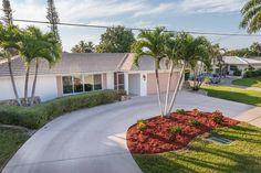 Yacht Club 3 Bdrm Gulf Access Villa - vacation rental in Cape Coral, Florida. View more: #CapeCoralFloridaVacationRentals