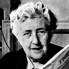 Agatha Christie, One of the best-selling authors of all time (second to William Shakespeare). British author of mystery and detective novels. Best known for her Hercule Poirot and Miss Marple series. Vanessa Redgrave, Miss Marple, Hercule Poirot, Book Writer, Book Authors, Story Writer, I Love Books, Great Books, Journal Photo