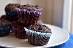 Duplacsokis muffin, amit tényleg egy óvodás is el tud készíteni Vaj, Muffin, Breakfast, Yum Yum, Food, Morning Coffee, Muffins, Cupcake, Meals
