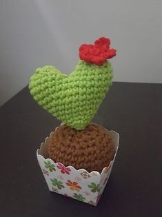 Free crochet pattern for a heart cactus amigurumi