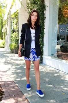 sporty chic outfit with blue sneakers