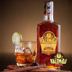 Find out about Kalembu and Dominican mamajuana rum often referred to as the Dominican Liquid Viagra, Baby Maker, and El Para Palo, which means Lift the Stick. Caribbean Drinks, Caribbean Restaurant, Caribbean Recipes, Caribbean Food, Rum Bottle, Whiskey Bottle, Resturant Branding, Rum Shop, White Oak Barrels