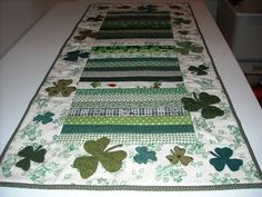 shamrock table runner patterns | pats scrappy runner by jean shores nebraska usa this is a table runner ...