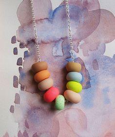 Emily Green : Colliers de Perles et de Couleurs Faits Main