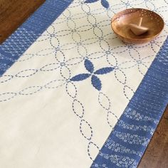 Petal Sashiko Tablerunner Kit SKT-0321
