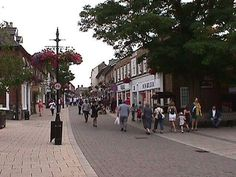 Thetford, England: Loved being able to walk into town and just browse the shops. Hope so badly to be able to go back someday and show our kids where we once lived.