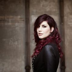 Charlotte Wessels has always had my dream hair. I didn't even realize this one also had shaved head stuff going for it until now!