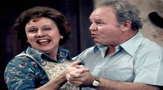 """Jean Stapleton, Edith Bunker on """"All in the Family,"""" has died at the age of 90"""