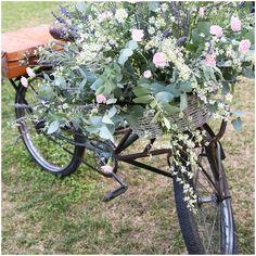 bike full of wedding flowers | Image by Avoriophoto