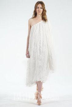 Houghton Wedding Dresses - Fall 2015 - Bridal Runway Shows - Brides.com | Brides.com