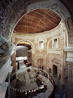 Biblioteca de las Escuelas Pías, Madrid, España. Musetouch Visual Arts Magazine.
