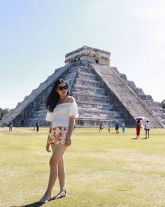 Michelle (@runwayonthego) #takemeback Chichen Itza #vacation #justbeingatourist #ootd #wiw #fashionblogger