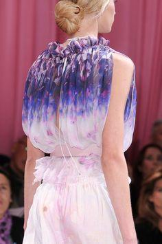 Nina Ricci at Paris Fashion Week Spring 2011 - Details Runway Photos