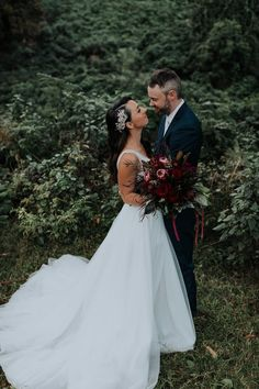 Pure Breeze Pixels Autumn Weddings Wollongong. Navy Suits, Red Flowers.