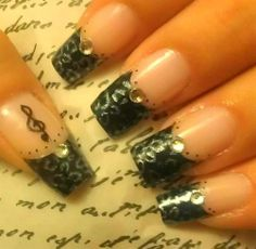 French tip - Nail Art Gallery by NAILS Magazine