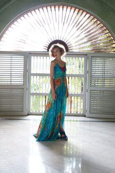 Heather Marks Anthropologie 2011AprilLB17.jpg 933×1,400 pixels