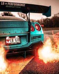 Be a blue gentleman 💙🤵🏻 💙🤵🏻 Liberty Walk V . - GT-R - Cars Nissan Gtr Nismo, Nissan Gt R, Gtr R35, Luxury Sports Cars, Best Luxury Cars, Sport Cars, Skyline Gtr, Nissan Skyline R33, Nissan Gtr Wallpapers