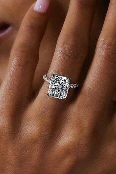 087ad7065 Love these princess cut engagement rings 4321 #princesscutengagementrings
