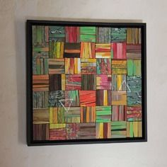 Tableau carré de mosaique de bois peint fendu