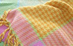 Veving, kom i gang / Kurskatalog / Raulandsakademiet / Aktør / Visit Rauland / Forside Blanket, Crochet, Velvet, Ganchillo, Blankets, Cover, Crocheting, Comforters, Knits