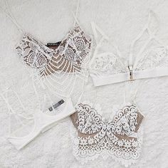 Wednesday Whites ☁️☁️@kimberlybson #ForLoveandLemons #DownToYourSKIVVIES
