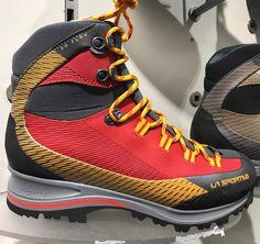 "303 likerklikk, 7 kommentarer – La Sportiva Norge (@lasportivanorge) på Instagram: ""Trango TRK Leather GTX - en helt ny modell! Løp og test!  #lasportivanorge #lasportiva"" Trekking, Hiking Boots, Mountain, Sneakers, Instagram Posts, Shoes, Fashion, Walking Boots, Tennis Sneakers"